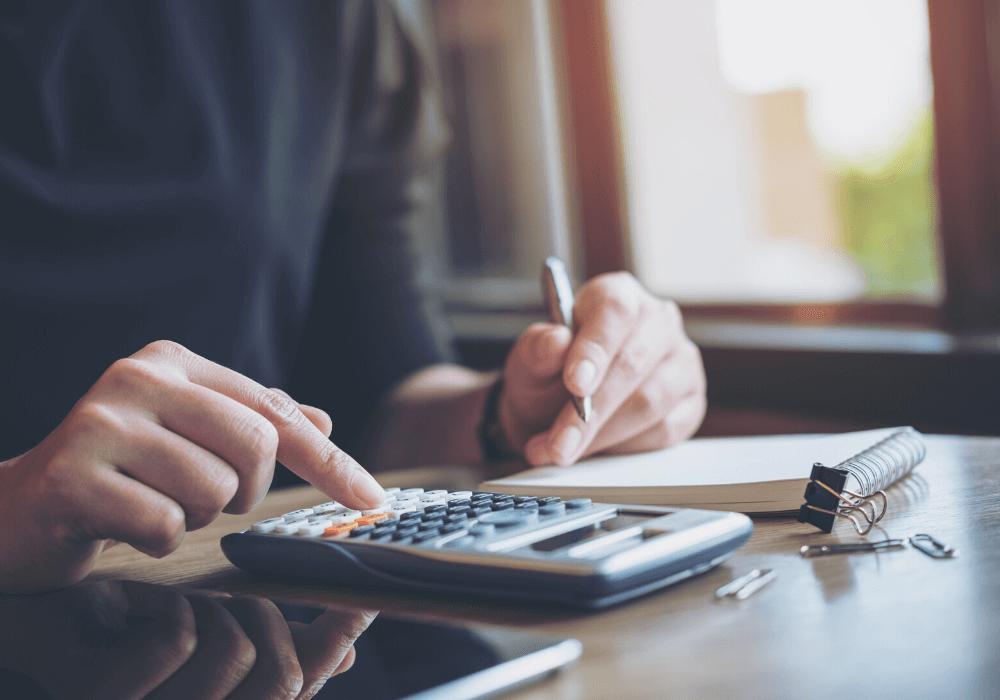 Propósito de año nuevo: Haz un presupuesto y mantenlo actualizado.
